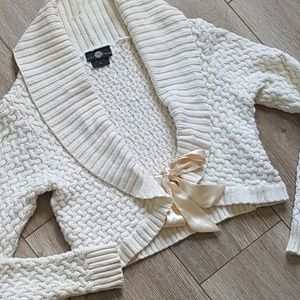 Cream Sweater Its out Time